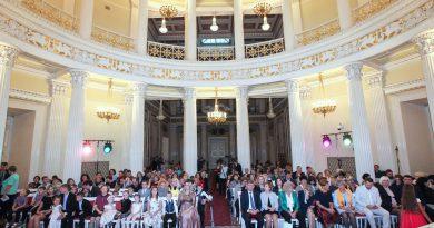 Фонд «Новая высота» поздравляет победителей конкурса «Петербургская семья-2018»